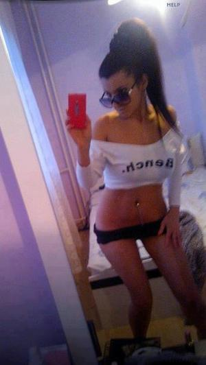 Celena from Port Angeles, Washington is looking for adult webcam chat