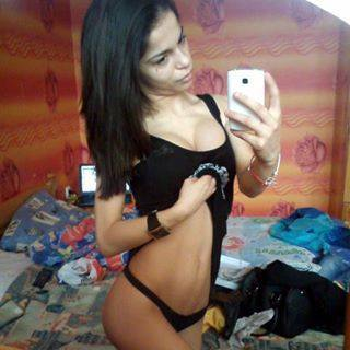 Looking for local cheaters? Take Bobbi from Bernalillo, New Mexico home with you