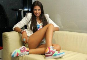 Shandi is looking for adult webcam chat
