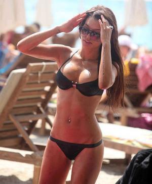 Chelsey is looking for adult webcam chat