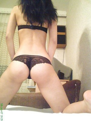 Clarine from Michigan is looking for adult webcam chat